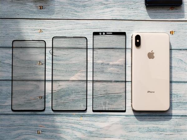 索尼XZ4贴膜与iPhone XS Max对比图感受下