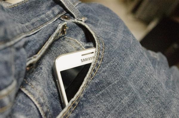 三星手机印度市场反击:推廉价低端机跟小米火拼
