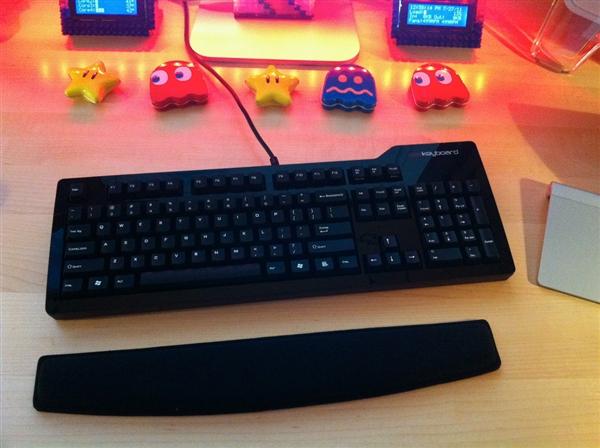 """""""挂羊头卖狗肉"""" 机械手感键盘≠机械键盘"""