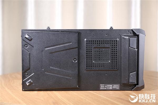 i9-9900K+RTX 2080!华硕ROG Strix GL12CX主机图赏
