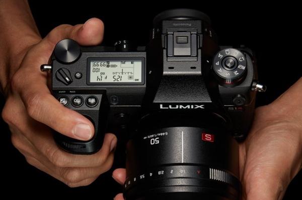松下发布全画幅微单Lumix S1/S1R:4730万像素、徕卡L卡口