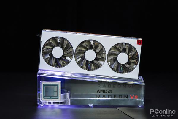AMD Radeon VII显卡解析:不只是7nm和16G HBM2